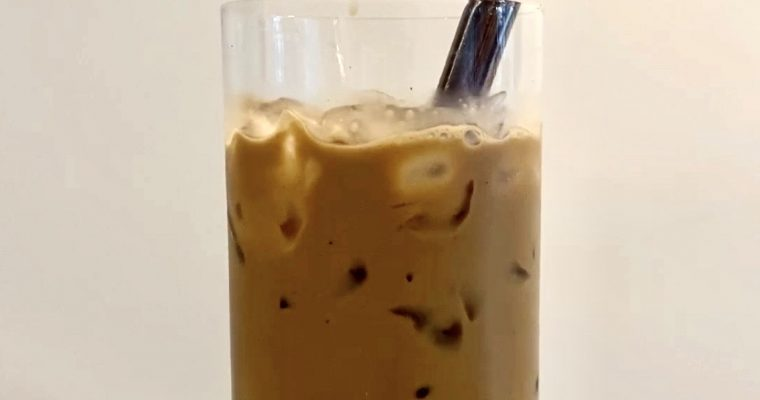 Vietnamese Ice Coffee with Condense Milk (Ca Phe Sua Da)